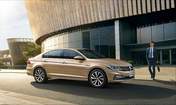 【新闻稿】一汽-大众1-6月持续领跑乘用车市场,交付用户新车超过96万辆407