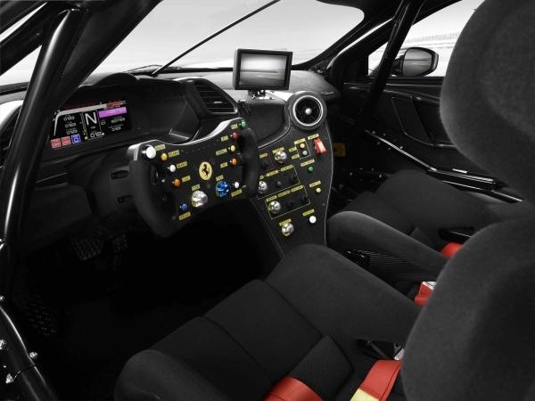 _05.Ferrari 488 Challenge Evo